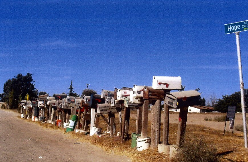 Rural ramona california keeps the mail people busy for Best rural places to live in california