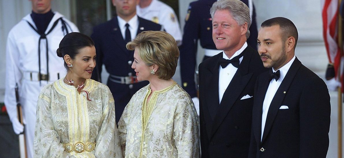 clinton-with-morrocans