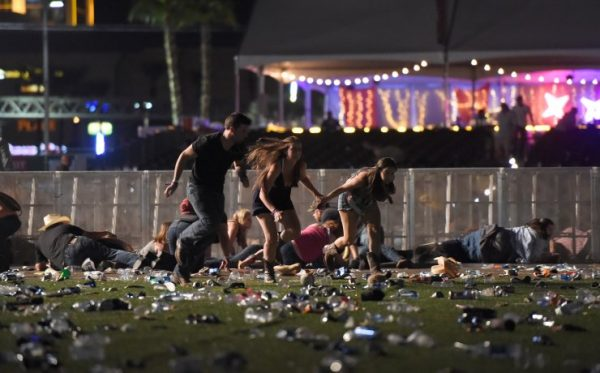 las-vegas-shooting-crowd