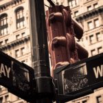 broadway-buildings-new-york-sign-wall-st.
